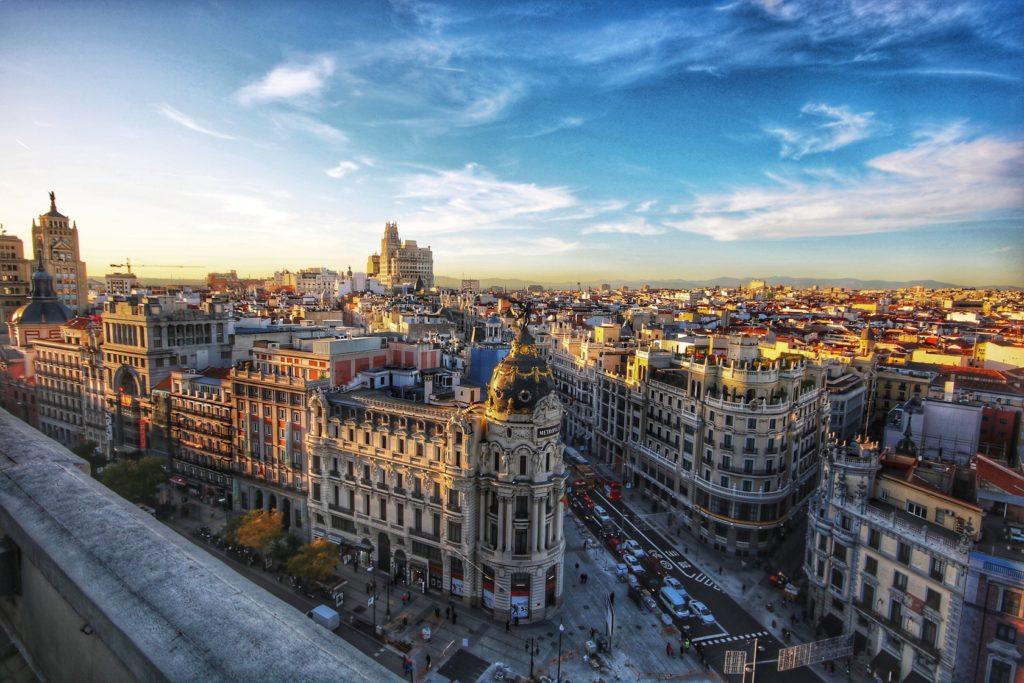 Борьба за отмену изоляции Мадрида