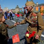 """Как """"наши"""" в Испании празднуют 9 Мая"""
